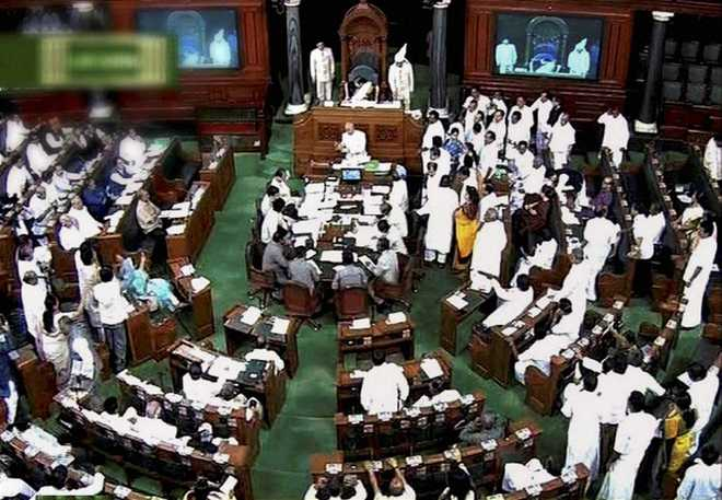 Decision to extend Lok Sabha session 'dictatorial': Cong