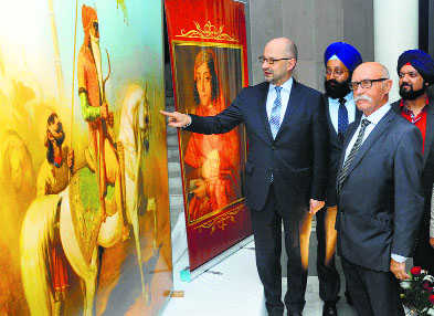 France takes history route to link up with Sikhs