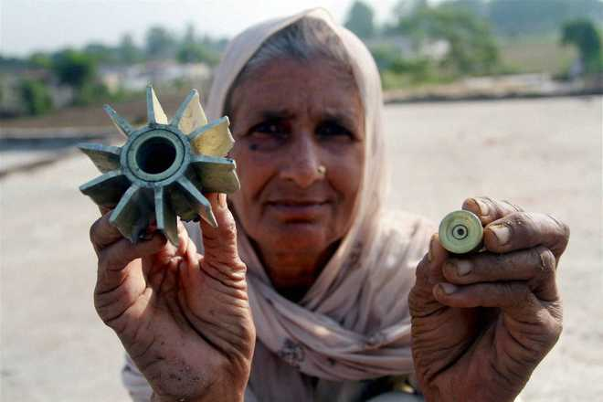 Heavy border shelling a day after BSF strike