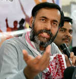 AAP to go the PPP way, says Swaraj Abhiyan leader Yogendra Yadav