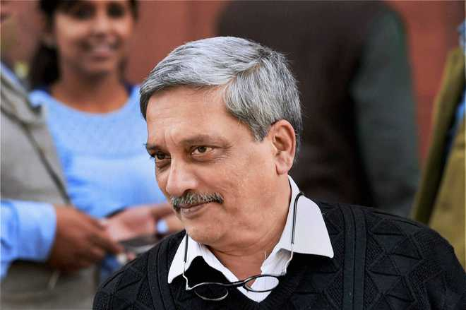 Army chief selection row: Lt Gen Bakshi meets Parrikar