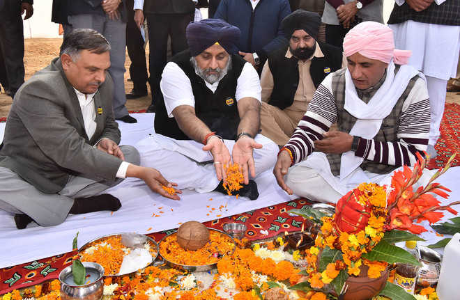 Three months after Gadkari, Sukhbir opens same project