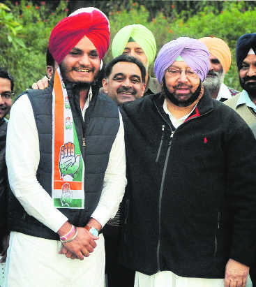 Akali MP Ghubaya's son joins Congress