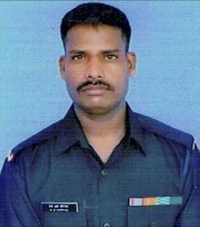 Siachen tragedy: Next 48 hours crucial for rescued jawan
