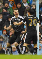 Leicester stun City, Barca stay top