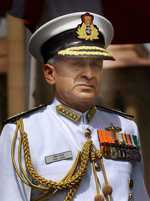 Sunil Lanba takes over as naval chief