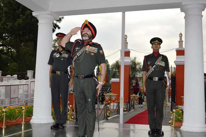 Maj Gen Mandip reviews parade at IMA