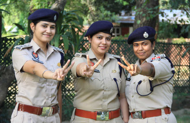 lady dsp officer