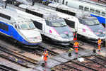 French rail workers' strike raises Euro fears