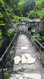 Bridge over Mandakini near Bhiri a risk to lives