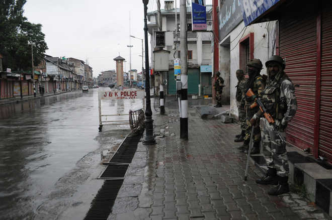 Curfew lifted in Kashmir after 51 days