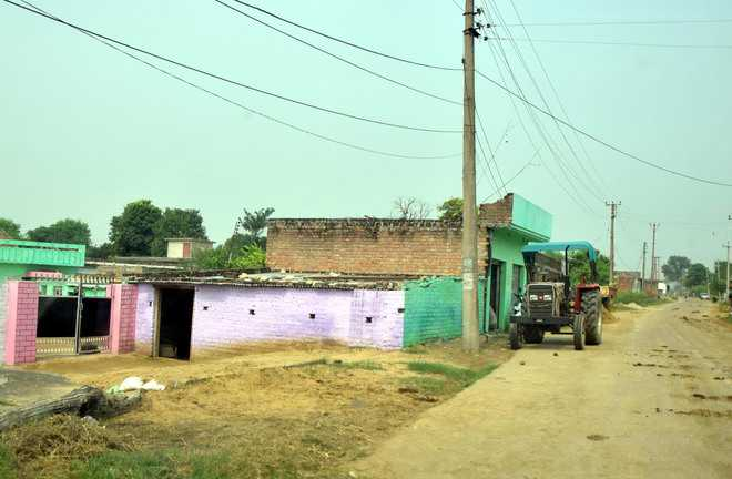 Over 900 moved from J&K border villages to safer areas