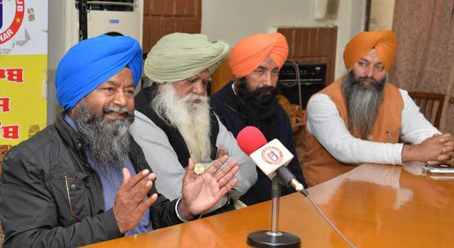 Cong leaders seek change of Atwal's nomination