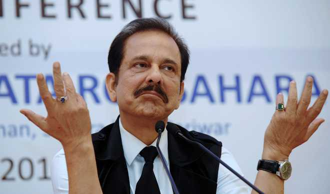 Pay Rs 600 cr by Feb 6 or go back to jail, SC tells Sahara chief