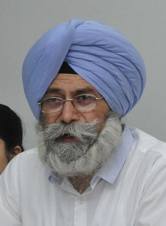 Sidhu betrayed people by joining Cong: Phoolka