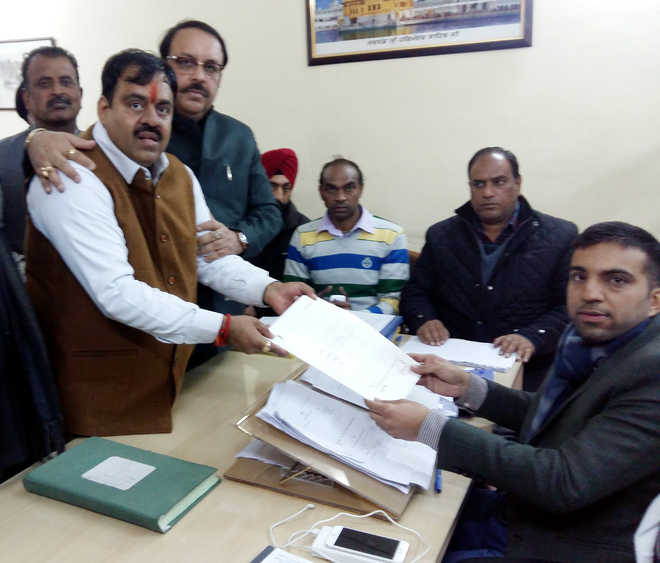 25 candidates file papers for Assembly poll