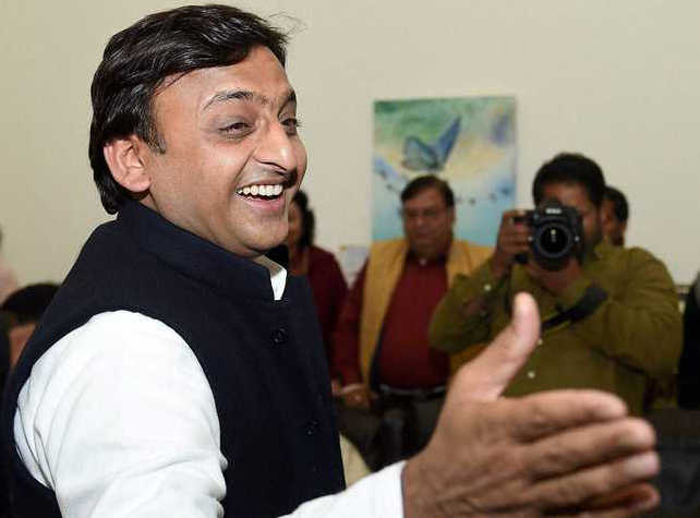 Congress announces alliance with SP in UP