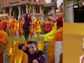 Jackie Chan greets Salman in traditional desi avatar!