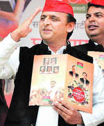 It's done: Samajwadi Party to fight 298 seats, Congress 105