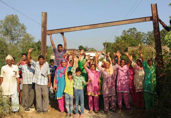 Tension, chaos in village over removal of barricades