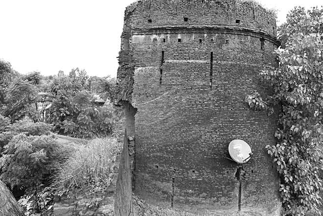 Fort Lohgarh to rise from ashes