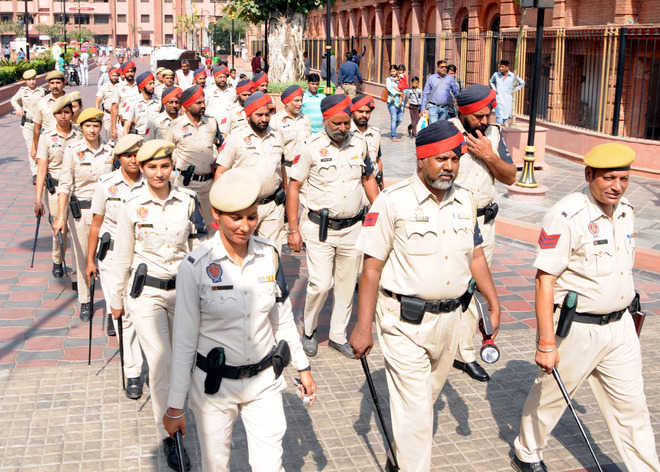 Now, cops to go in for foot patrolling in city