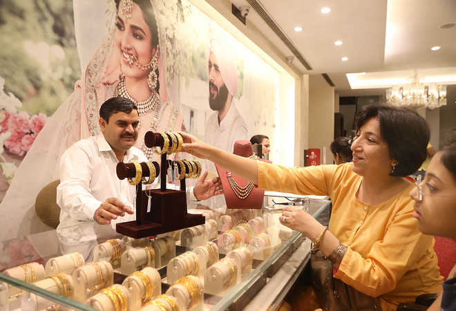 Shopkeepers cheer as Dhanteras pushes sales in city