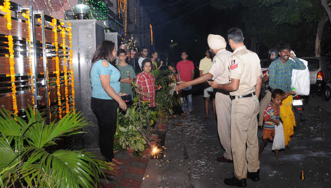 Cracker ban: 25 held for crossing the limit in city