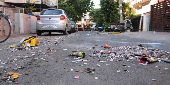 MC issues 80 challans for littering public places in city