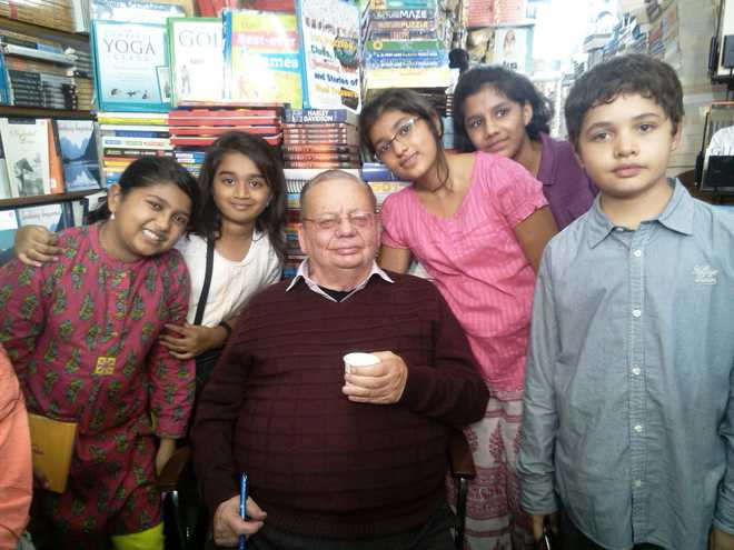 autobiography of ruskin bond essay You may desire to write a self-biography nbsp ruskin bond biography – childhood, life achievements amp timeline this biography of ruskin bond provides detailed information about his a prolific writer, he has written over 500 short stories, essays and novels.