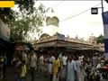 Devotees throng to Kali Temple to offer prayers on Diwali