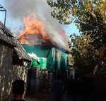 Day after, slain PDP worker's house set ablaze in Shopian