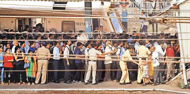 Army to build foot overbridge in Mumbai, many wonder why