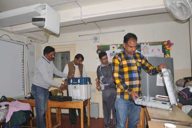 50 lakh to decide fate of 337 candidates