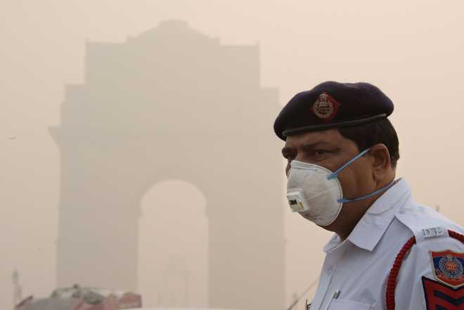 Delhi smog: Go for N90 masks to protect yourself from cancer, heart disease, say experts