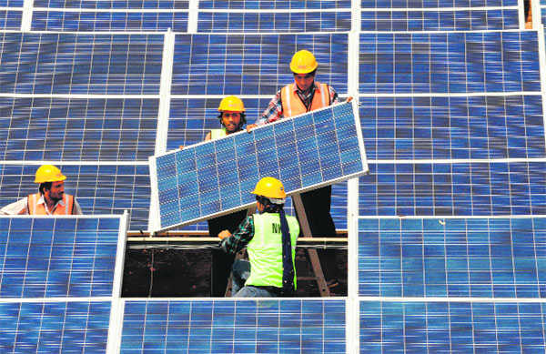 21 GW solar, wind capacity to go under hammer by March