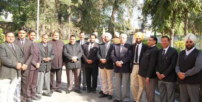 Garhshankar Bar Assn up in arms over shifting of police stations