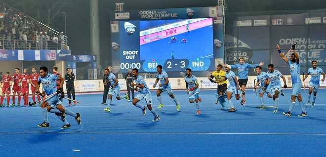 India shoot out rampaging Red Lions 3-2, reach semifinals