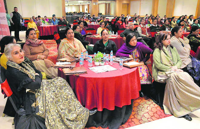 'Parents, teachers need to work as team'