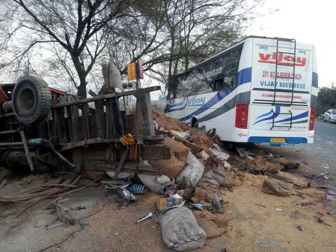 Four killed, 17 injured as Jammu-bound bus rams into truck in Moga