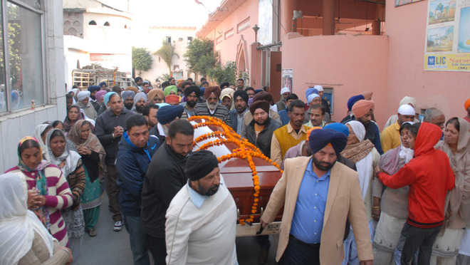 Sandeep given emotional farewell by family, friends