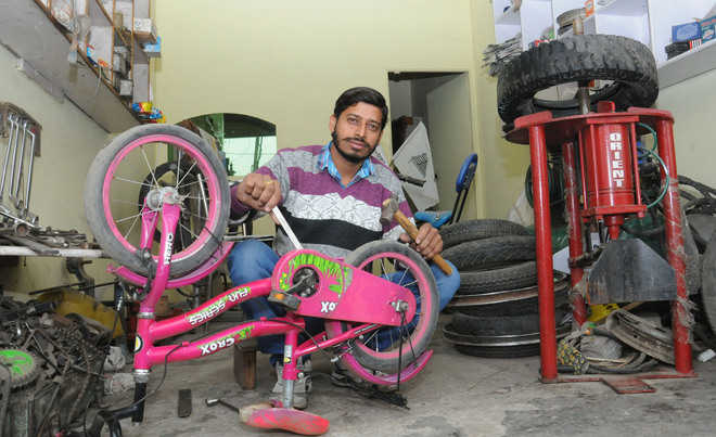 Tyre mechanic promises safe, neat roads