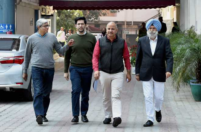 AAP leaders allege breach of EVMs' security in Punjab; meet Chief Election Commissioner