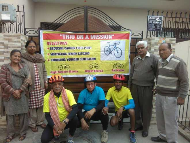 Pedallers on mission from Wagah to Mumbai for clean air