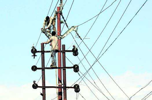Power dept workers at risk