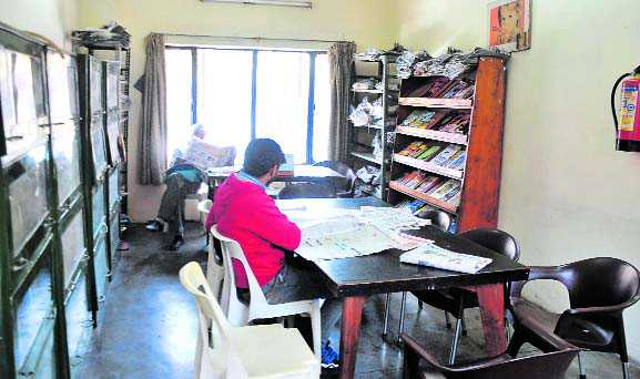 Infra pangs for Mani Majra branch library users
