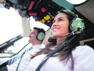 Where to train to become commercial pilot?