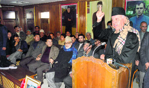 Farooq takes up for militants, says they've made a promise with God