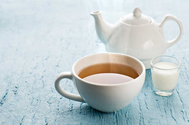 A cup of tea daily may lower risk of dementia