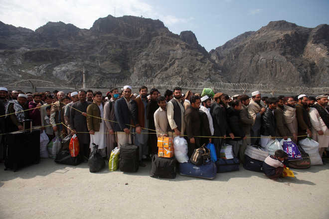 Sharif orders immediate reopening of border with Afghanistan